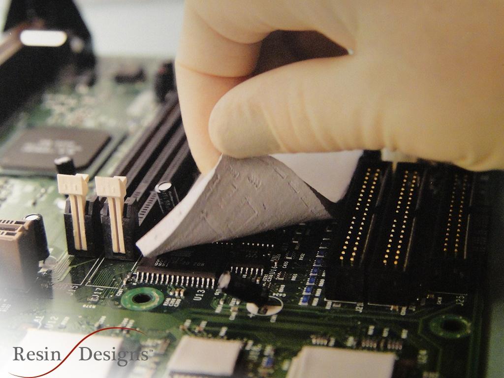Applying Resin Designs Thermal Pad